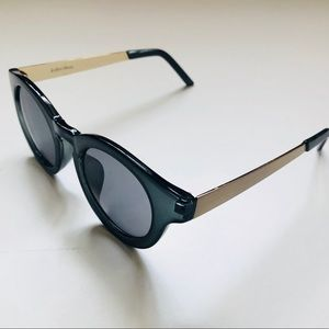 & OTHER STORES ROUND SUNGLASSES